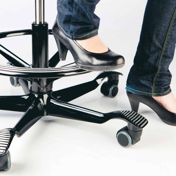 fully hag footring black in use with heels